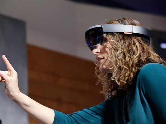 關於微軟未來感眼鏡HoloLens 知道這些就夠了