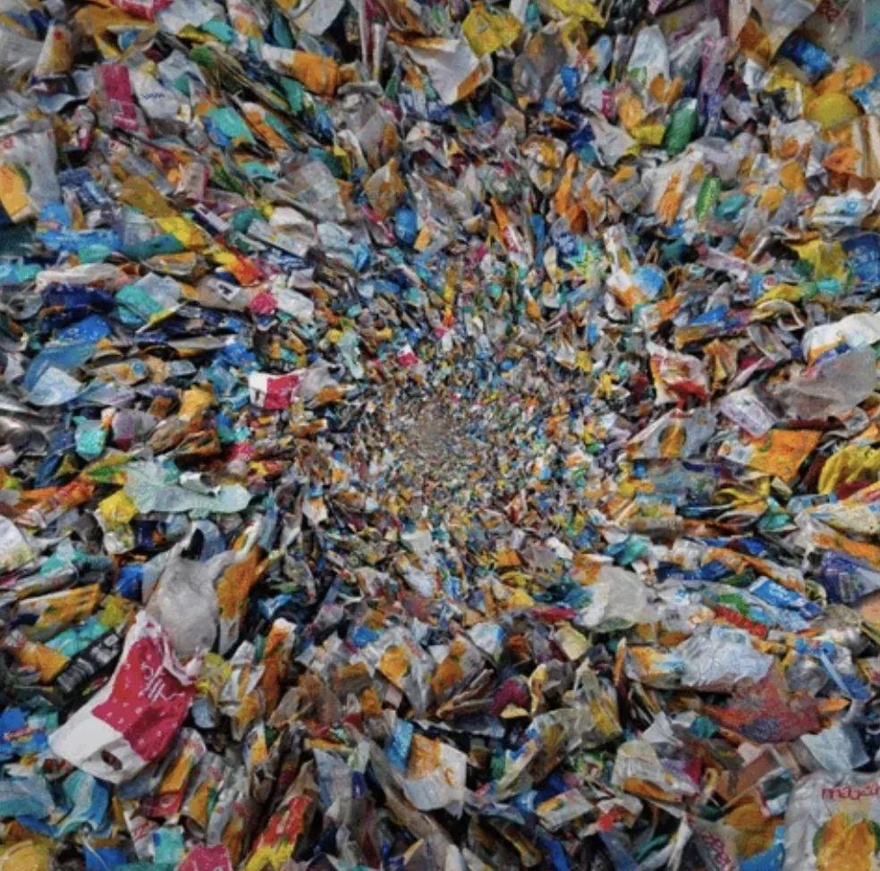 中國停止進口洋垃圾后 日本發現自己被埋在廢塑料中 洋垃圾 廢料 馬來西亞_新浪軍事_新浪網