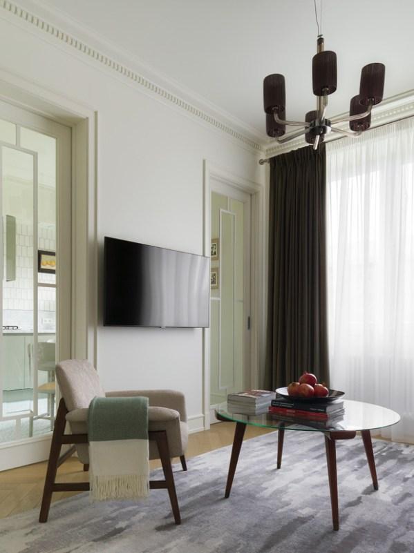 Светлая квартира 58 м² с винтажной мебелью в Москве ...