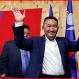バトトルガ 大統領 モンゴル サンボ