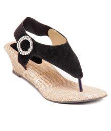 HighStreet Black Wedges Sandals