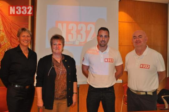 20150423 - Orihuela Town Hall Helps International Residents with Driving Talk (4)