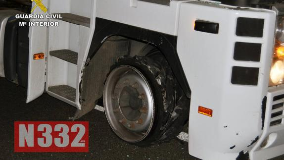 Officers Stop Drugged-Up Trucker After 70km Chase 2