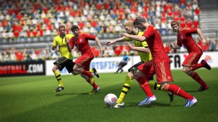 FIFA14_NG_DE_protect_the_ball
