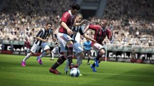 FIFA14_NG_IT_protect_the_ball