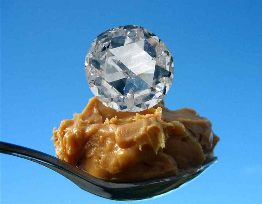 Из арахисового масла можно сделать алмаз