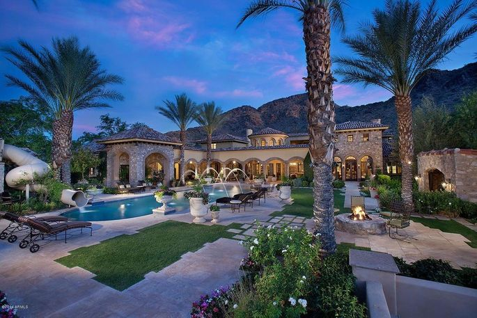 Randy Johnson's home is to go on the auction block.