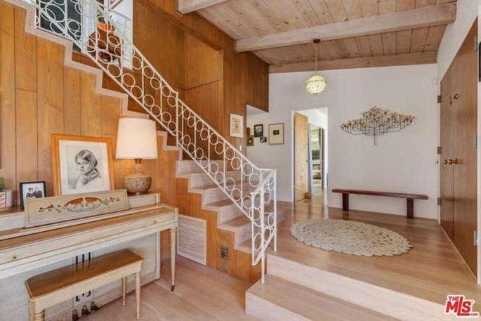 Restored Santa Monica Mid Century Modern On Market For 4 3M | Mid Century Stair Rail | Basement | Fixer Up | U Shape | Plywood | Hand