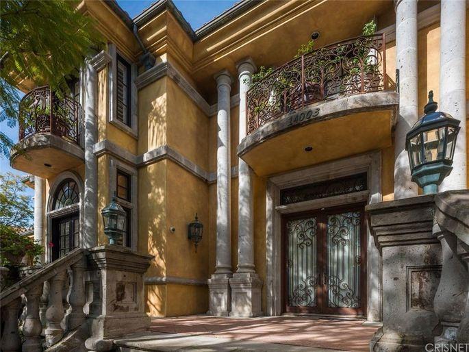 Charlie Sheen's Mulholland Estates mansion
