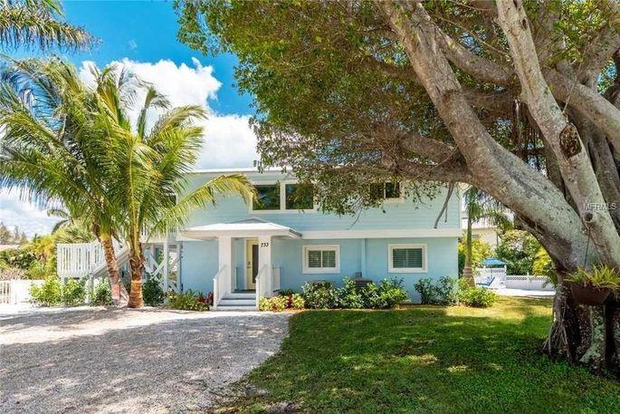733 Holly Rd, Anna Maria, FL