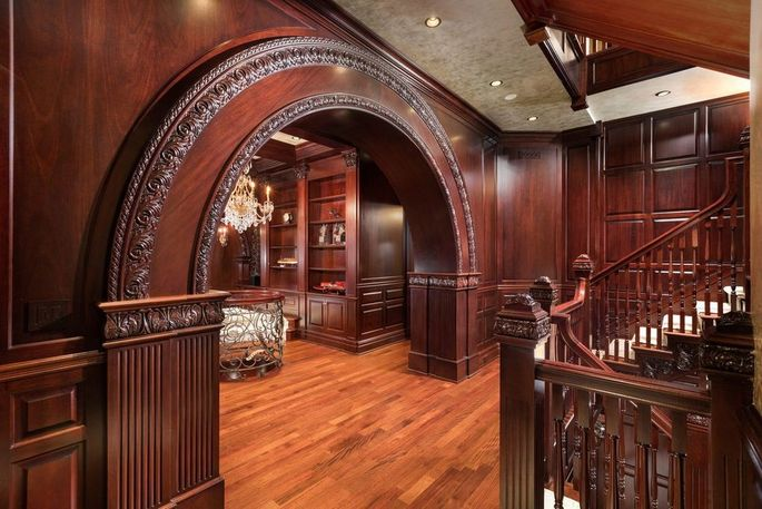 Gorgeous woodwork