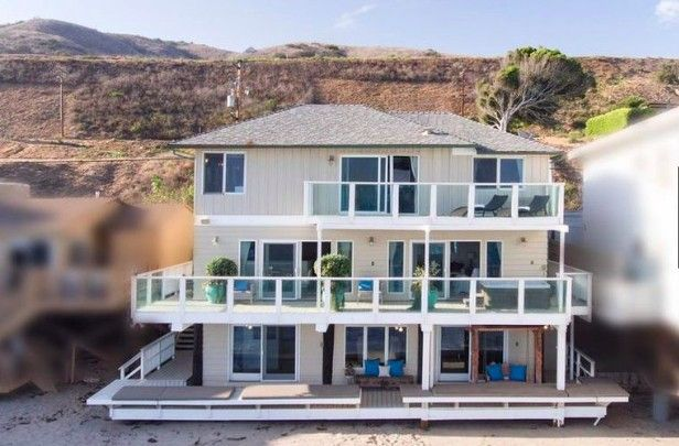 J. Lo and A-Rod's new Malibu beach house is a fixer-upper.