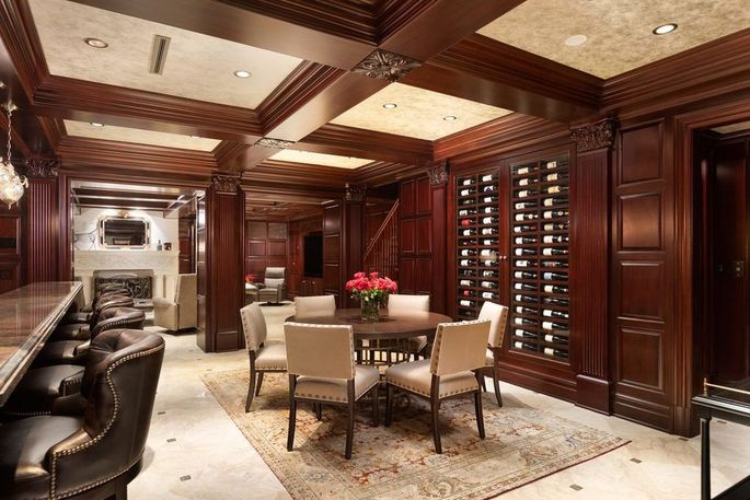 Wine room and bar on the lower level
