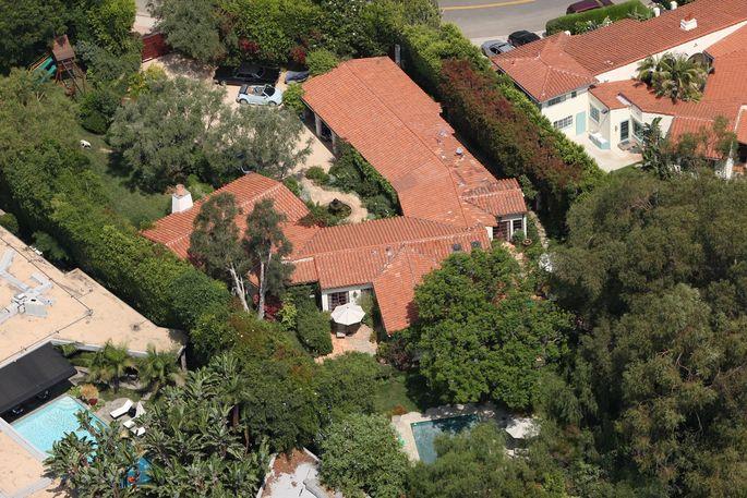 Adam Levine's new pad—Ben Affleck and Jennifer Garner's old family home