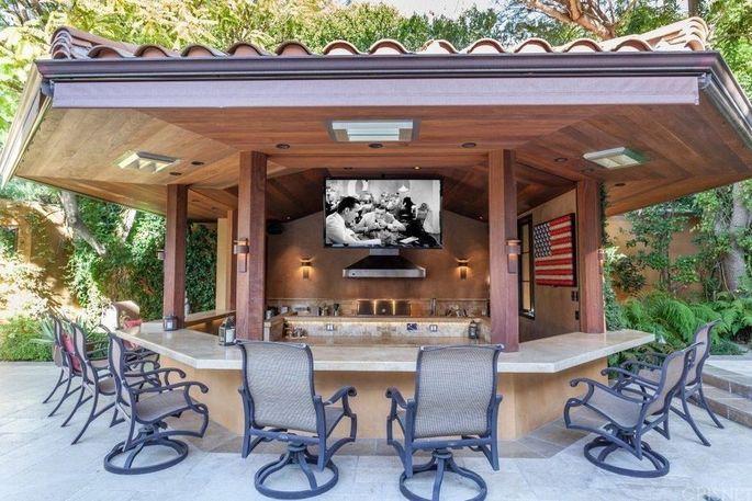 Clubhouse cabana