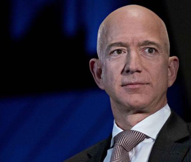 Jeff Bezos Andrew Harrer Bloomberg Via Getty Images