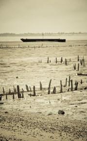 barka w czasie odpływu