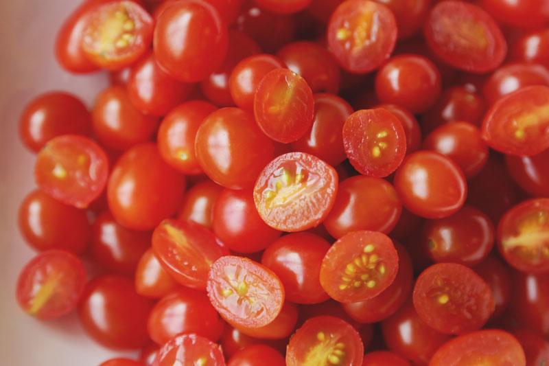 11 1 - סלט עגבניות שרי ליקופן