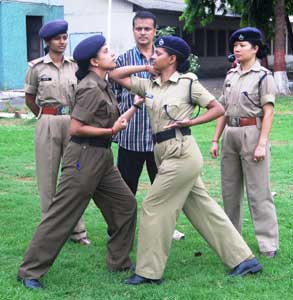 Self-defence lessons for policewomen in Mumbai
