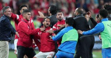 Photo of الأهلى والزمالك يطالبان اتحاد الكرة بالتحقيق مع كهربا وشيكابالا