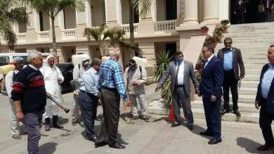"""Photo of """" السعيد """" يتابع أعمال تعقيم وتطهير منشآت جامعة بنها..صور"""