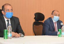 Photo of وزير التنمية المحلية يعقد إجتماعاً بمقر الوزارة مع سكرتيرى عموم المحافظات