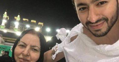 Photo of وفاة والدة الفنان حماده هلال بعد صراع مع السرطان