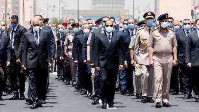 Photo of السيسي يتقدم الجنازة العسكرية الرسمية للفريق محمد العصار من مسجد المشير طنطاوي