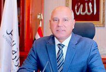 Photo of الوزير: يتابع إستكمال أعمال تنزيل13عربة جديدة للركاب بميناء الإسكندرية