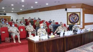 Photo of القائد العام للقوات المسلحة يتابع سير العمليات للقضاء على العناصر الإرهابية