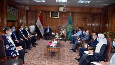 Photo of محافظ القليوبية يلتقي أعضاء مجلس الشيوخ بالمحافظة