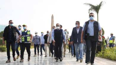 Photo of السيسي يقوم بجولة تفقدية في عدد من المواقع الإنشائية بالعاصمة الإدارية