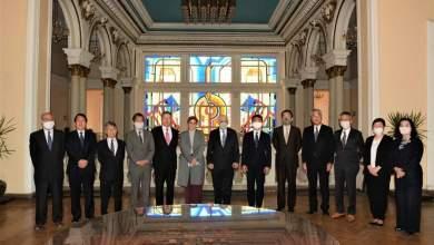 Photo of وزير التعليم يلتقي خبراء يابانيين لمناقشة التقارير الخاصة بالمدارس المصرية اليابانية