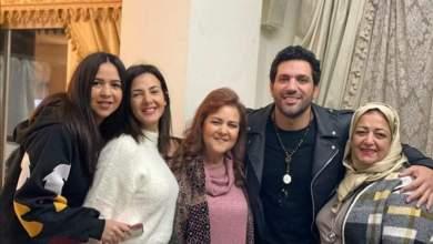 Photo of شاهد.. الحزن يسيطر على عائلة الفنانة دنيا سمير غانم