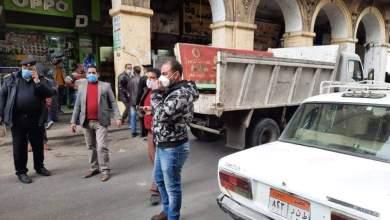 Photo of حملات بالمقطم و الأزبكية لإزالة الإشغالات وغلق المحال المخالفة لإجراءات كورونا