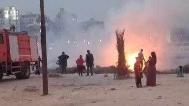 Photo of الحماية المدنية بالقليوبية تدفع بسيارات إطفاء للسيطرة على حريق بجوار النيل ببنها
