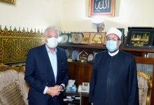 Photo of جمعة ومحافظ جنوب سيناء يبحثان التعاون المشترك في عدد من الملفات الدعوية والتثقيفية