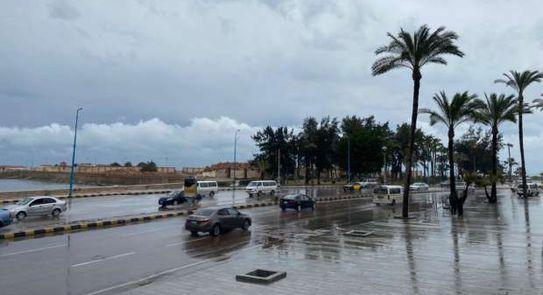 Photo of موجة تقلبات مع توديع فصل الشتاء..ورياح وأتربة وأمطار مع بداية الربيع