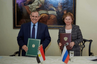 Photo of مصر وروسيا توقعان إعلان النوايا لتدشين عام التبادل الإنساني المشترك