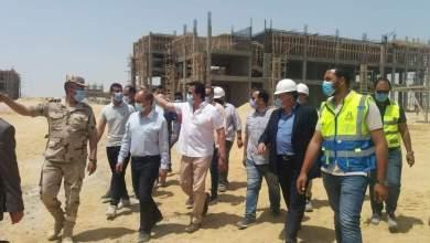 Photo of وزير التعليم العالي يتفقد الأعمال الإنشائية بجامعة الزقازيق الأهلية