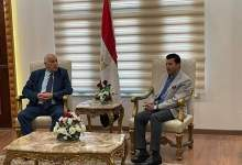 Photo of وزير الشباب والرياضة يستقبل نظيره الفلسطيني بمطار القاهرة