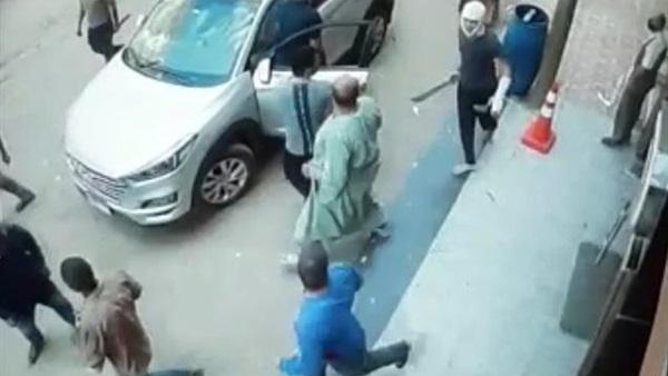حطموا منزله وسيارته.. مواطن ببنها يقدم بلاغا ضد مجموعة من البلطجية يثيرون الذعر بالمنطقة