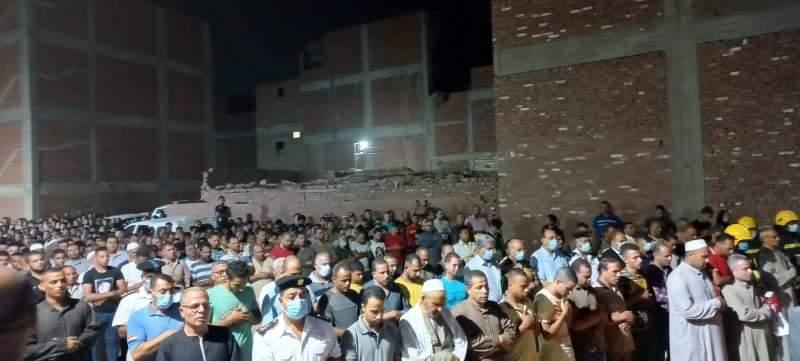تشييع جثمان الشهيد محمد صلاح الغندور في جنازة عسكرية ببنها