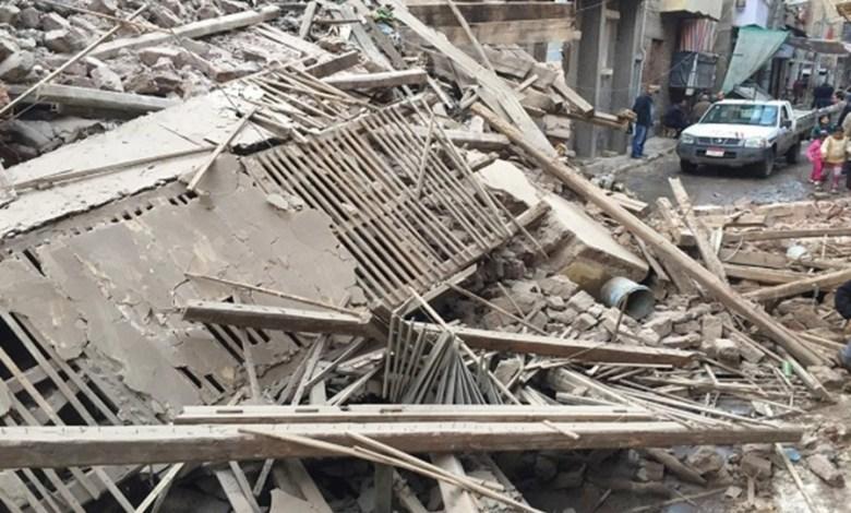 Photo of إنقاذ فتاه من أسفل أنقاض منزل منها ب أسيوط