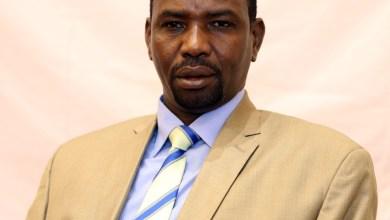 وزير سابق يتعجّب من الاحتفال بذكرى 19 ديسمبر في غياب البرلمان