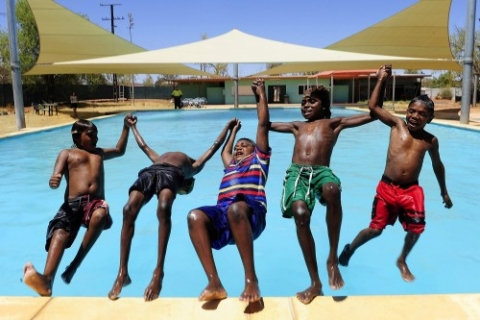 outback_indigenous_swimming_pool-481x320