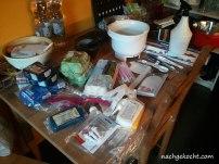 Zusammenstellung aller benötigtigten Teile und Werkzeuge. Meine Küche ist definitiv zu klein!