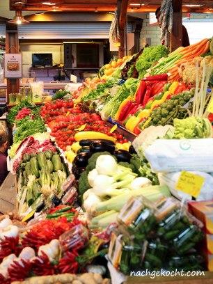 Kleinmarkt Halle Gemüsestand