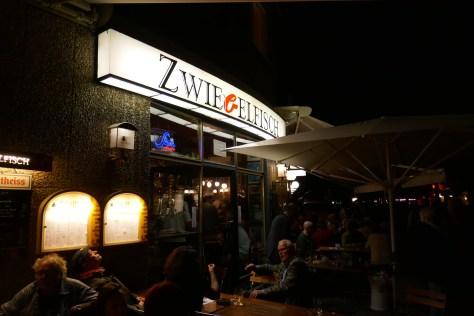 Zwiebelfisch, Savignyplatz. Foto: Ulrich Horb