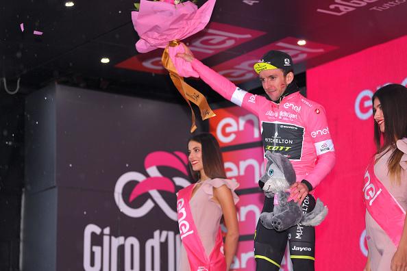 Sam Bennett gana etapa 12 del Giro